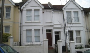 Bernard Road – Student house – LET AGREED