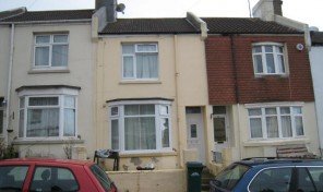 Dewe Road, Behind Brighton University- Student House – LET AGREED