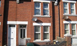 Redvers Road – Student house- LET AGREED