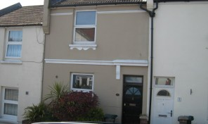 Dewe Road – Student HOUSE- 2 bedrooms – LET AGREED