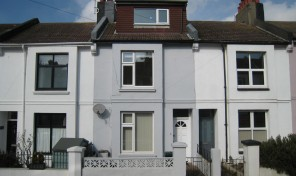 Carisbrooke Road Offers in the Region of £385,000 SALE AGREED