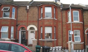 Brading Road 6 beds BILLS INCLUSIVE