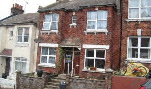 Shanklin Road – Wonderful Two bed flat, bills inclusive